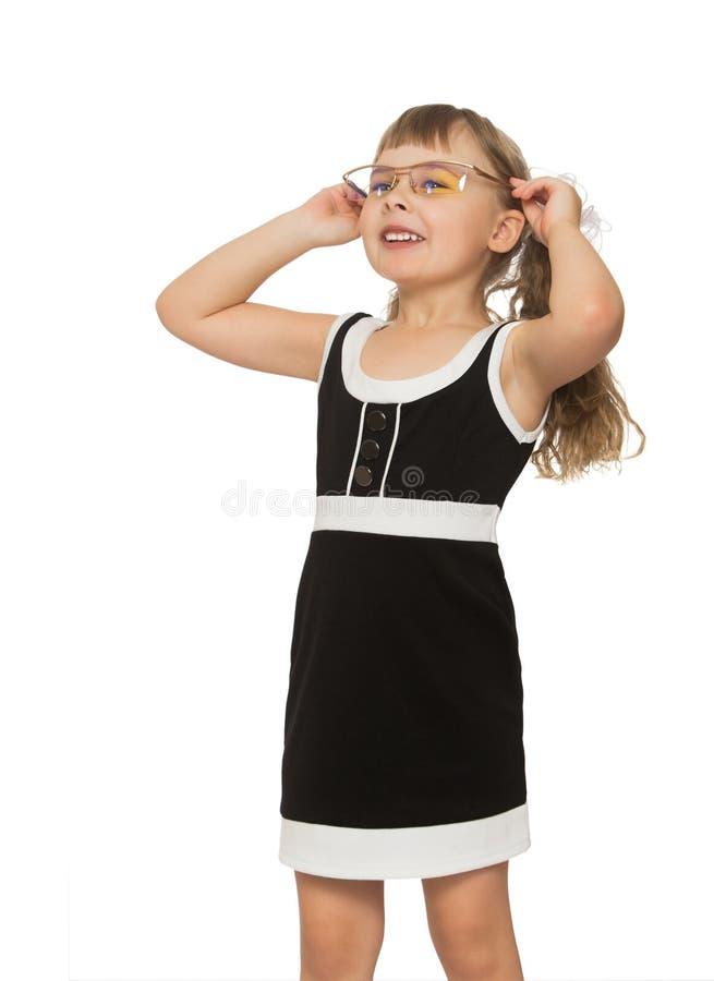 liten solglasögon för flicka royaltyfri bild