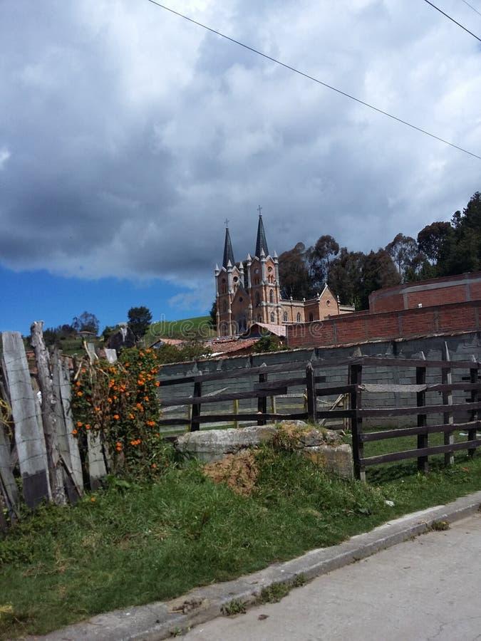 Liten stad från colombianskt land arkivfoton