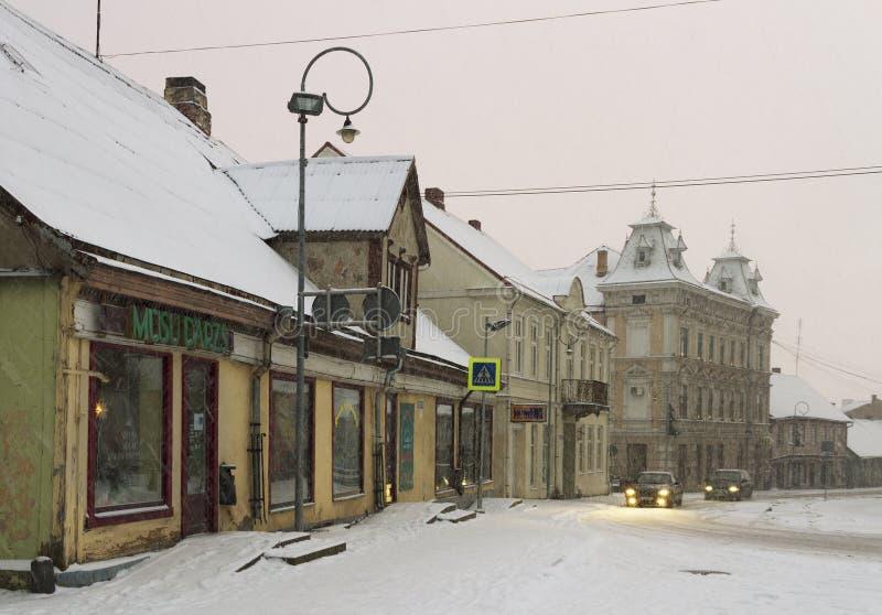 Liten stad i en vintersäsong arkivbilder
