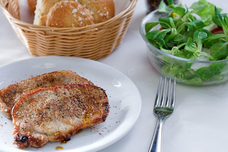 liten steak för sallad arkivbild