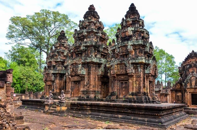 Liten tempel i Angkor arkivbilder