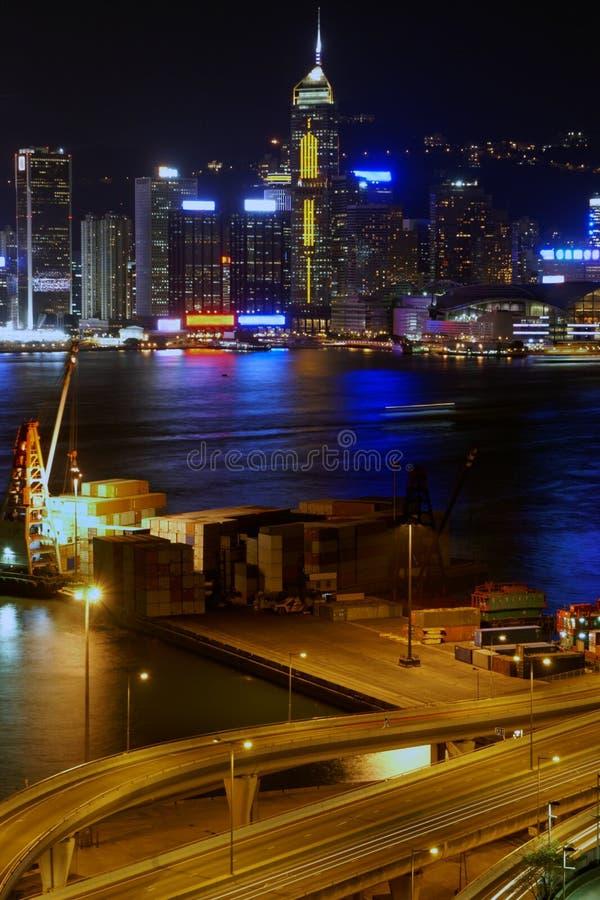 liten terminal för fraktHong Kong natt arkivfoton