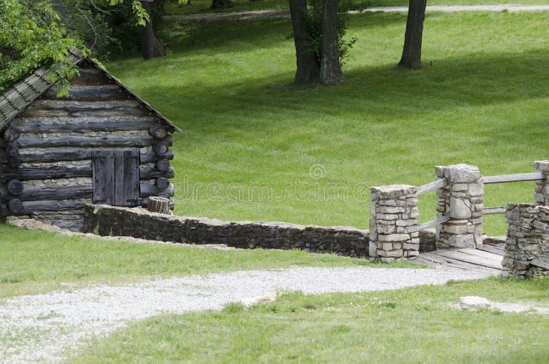 liten vikhistorielivingen mal vatten för museumstimtownen royaltyfria foton