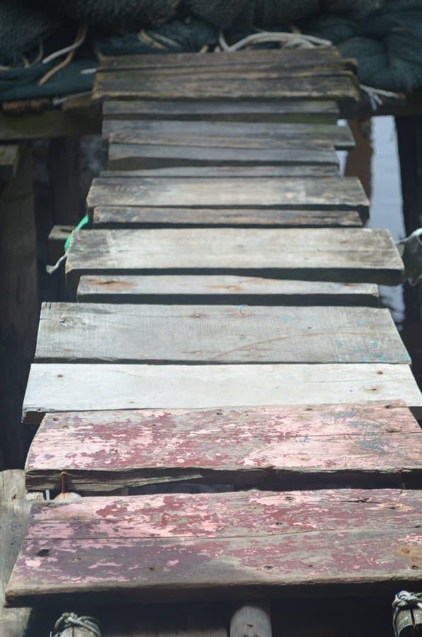 Liten wood bro arkivbild