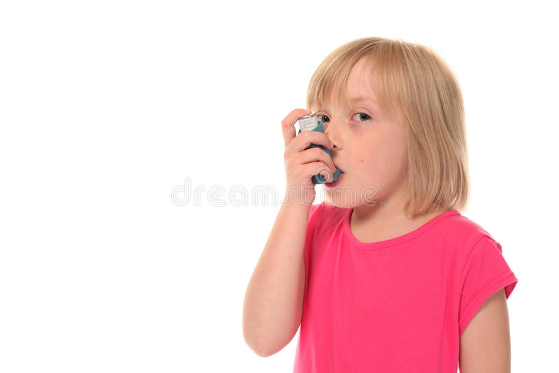 litet användande barn för flickainhaler royaltyfri fotografi