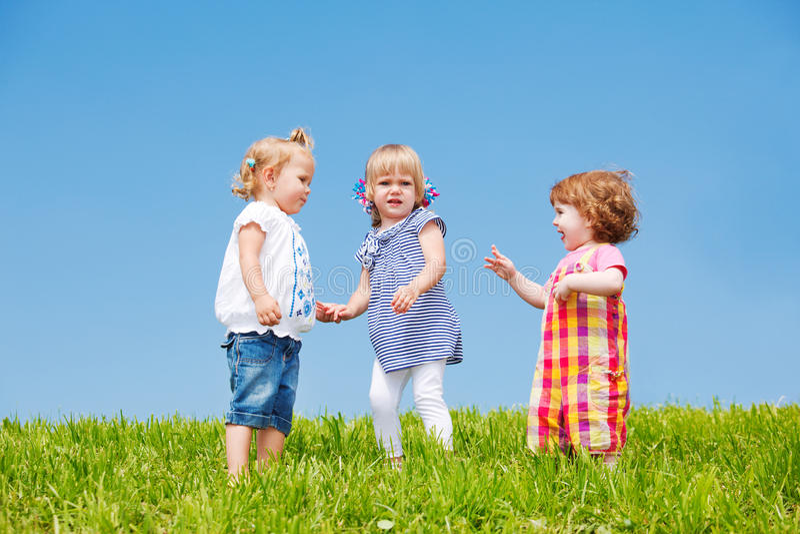 litet barn för flickor tre royaltyfri foto