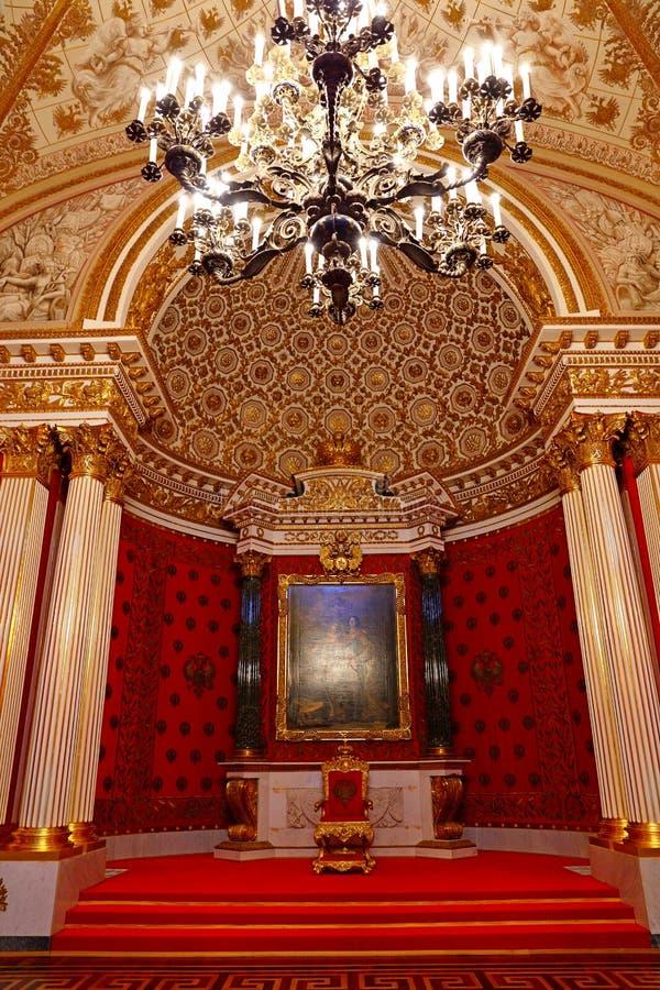 Litet biskopsstolrum av vinterslotten royaltyfri fotografi