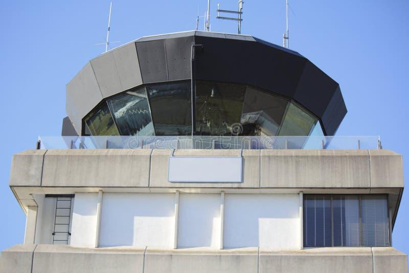 Litet flygtrafikkontrolltorn royaltyfri foto