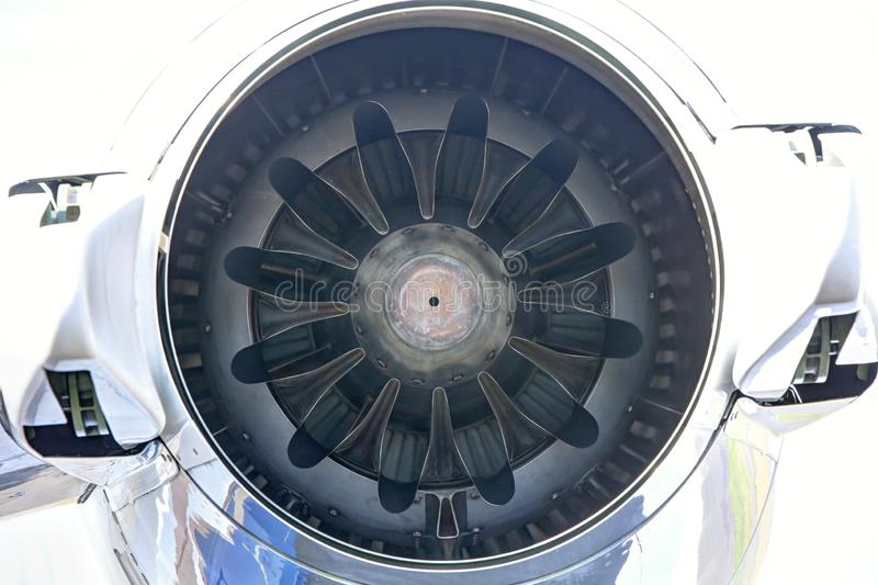 Litet rör för tryckvåg för jetmotoruttag royaltyfria bilder