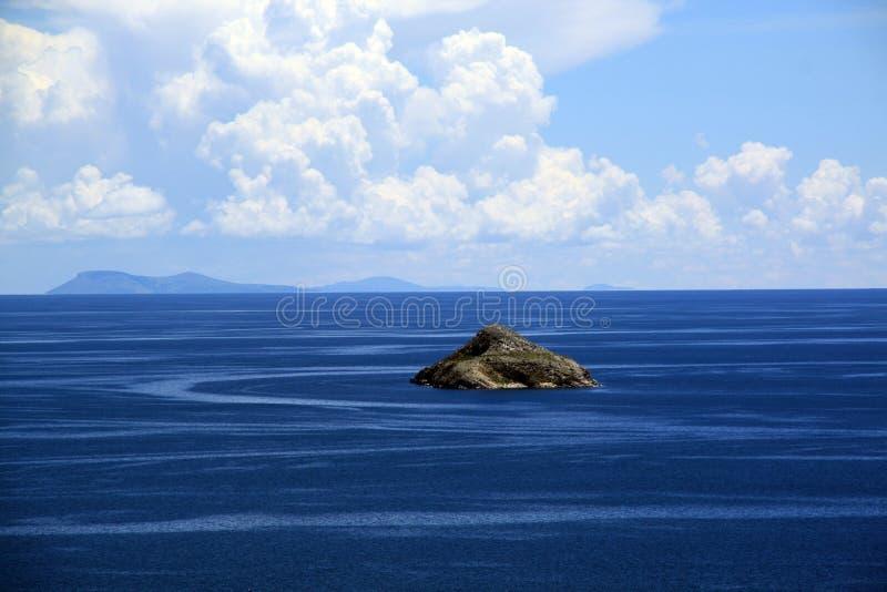 litet vatten för blå ö arkivbilder
