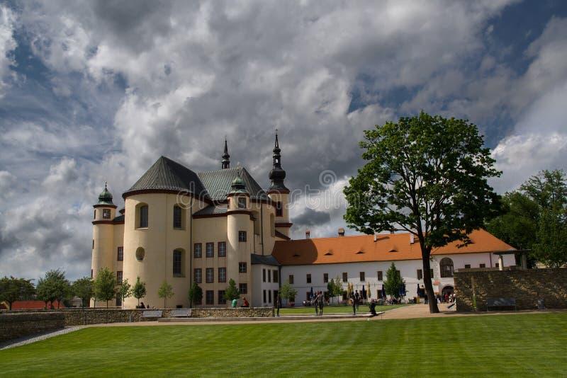Litomysl-Klostergärten lizenzfreie stockfotografie