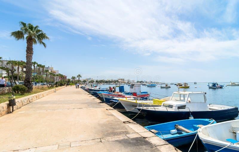 Litoral de Porto Cesareo na costa Ionian, Itália imagens de stock