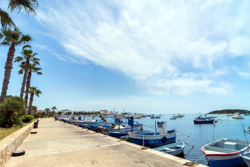 Litoral de Porto Cesareo na costa Ionian, Itália fotos de stock royalty free
