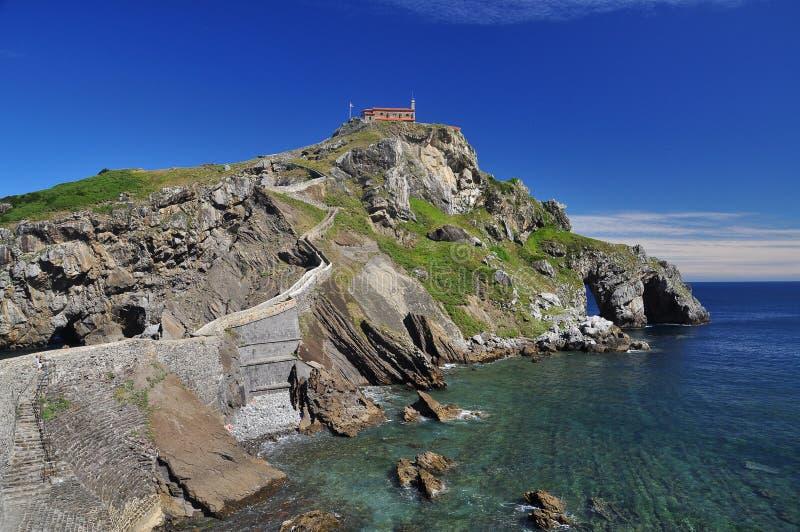 Litorale atlantico Basque. Gaztelugatxe, Spagna immagini stock libere da diritti
