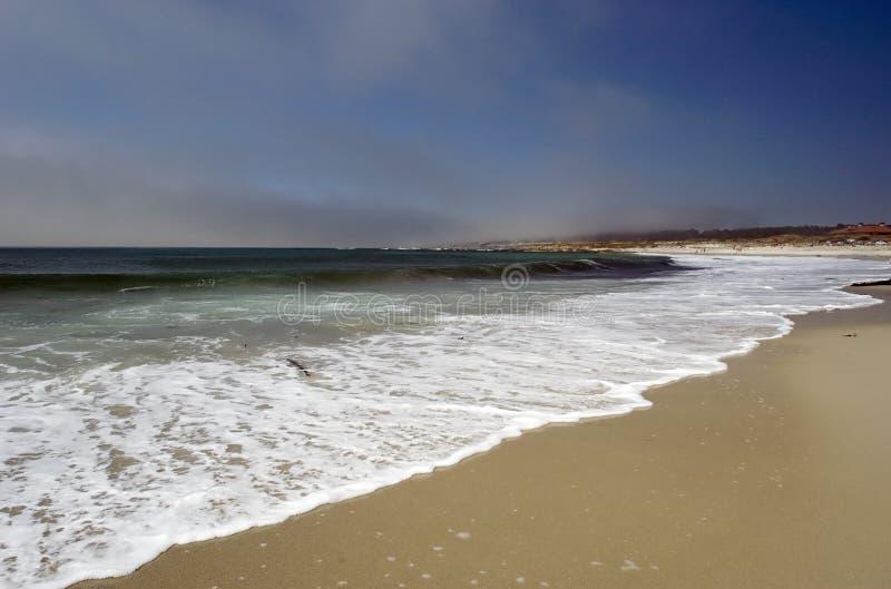 Download Litorale della California fotografia stock. Immagine di sunbath - 211190