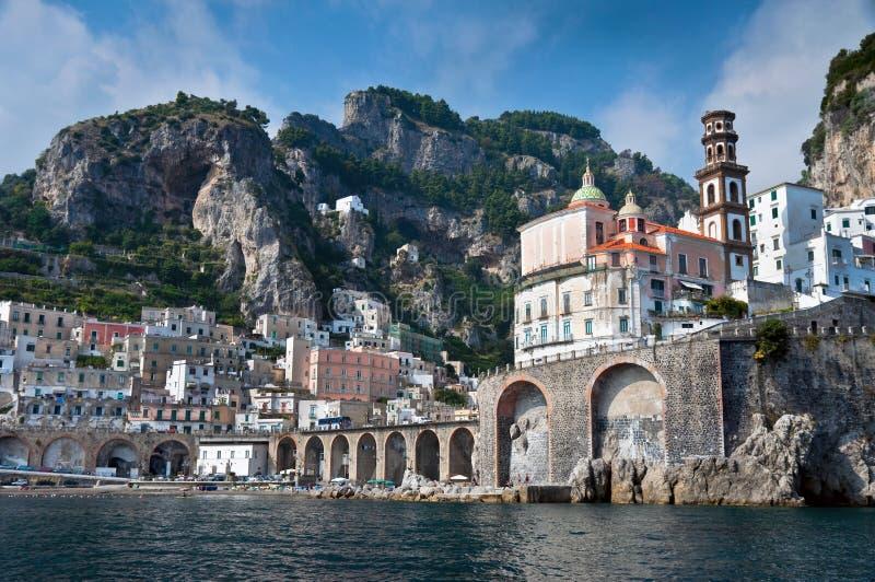 Litorale di Amalfi dal mare immagini stock libere da diritti