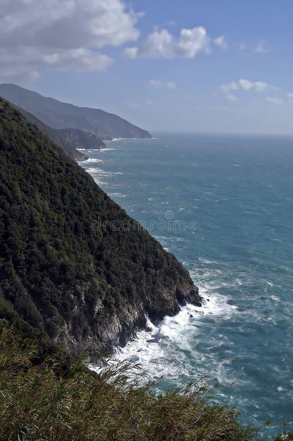Download Litorale Mediterraneo, Italia Immagine Stock - Immagine di europa, italia: 7303019