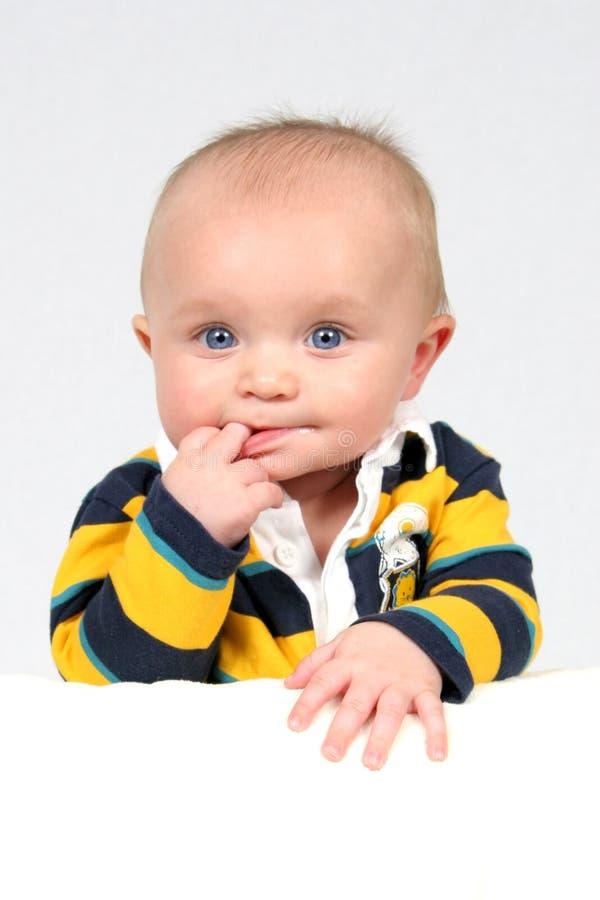 Little Boy pris le plan rapproché image libre de droits