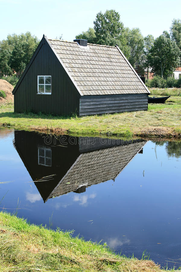 Free Little Dutch Wooden Barn In A Peat Area Stock Photos - 10876363