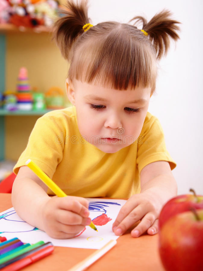Download Little Girl Draw With Felt-tip Pen Stock Image - Image: 17186333
