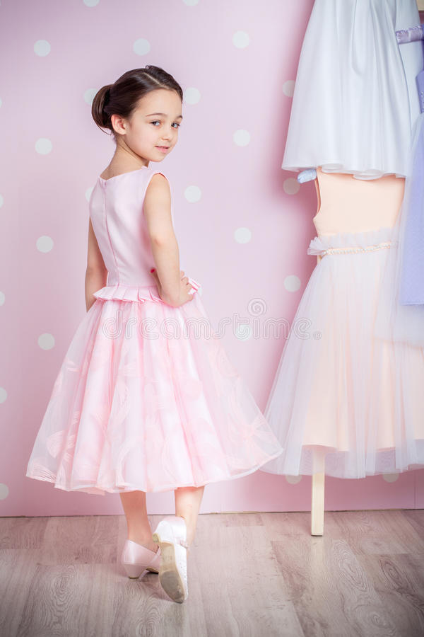 Free Little Girl In Princess Dress Royalty Free Stock Image - 69144696