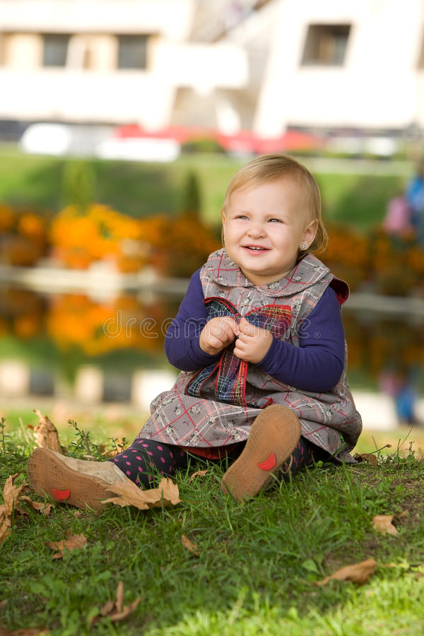 Free Little Girl In The Park Royalty Free Stock Photos - 17215688