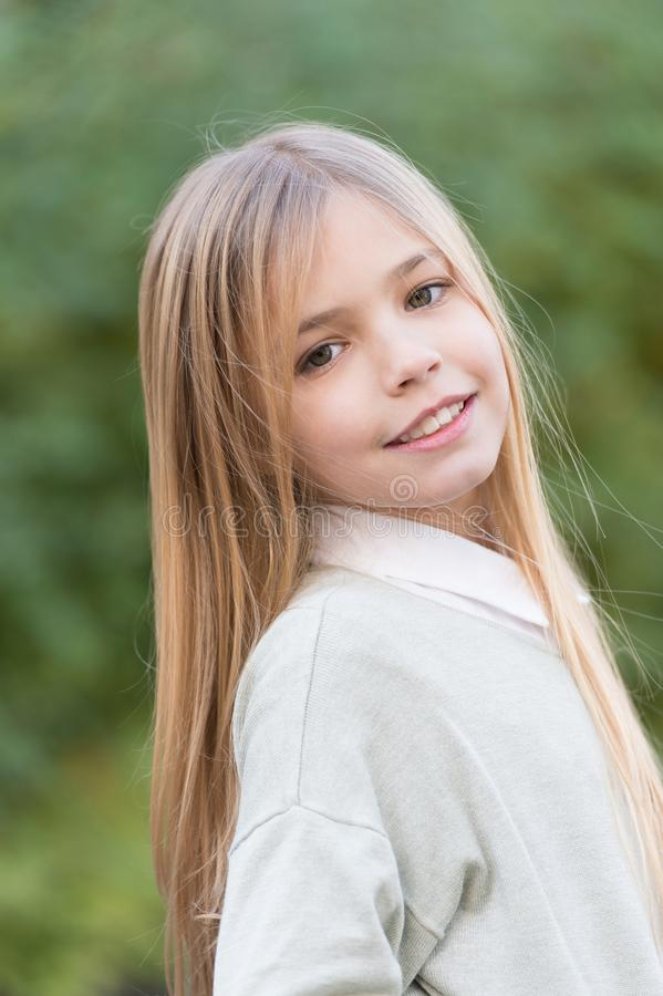 Free Little Girl Smile With Long Blond Hair. Child With Cute Face Outdoor. Beauty Kid With Fresh Look And Skin. Beauty Look Royalty Free Stock Images - 118190049