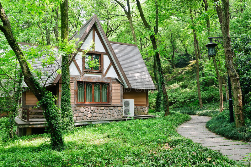 little house in big woods pdf