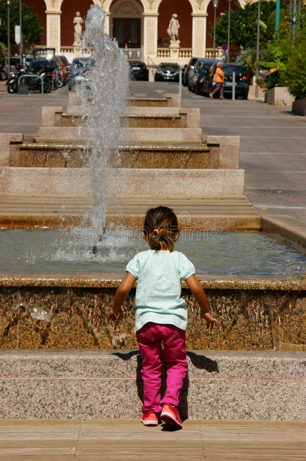 Free Little Kid Watching And Having Fun Royalty Free Stock Photo - 108474945