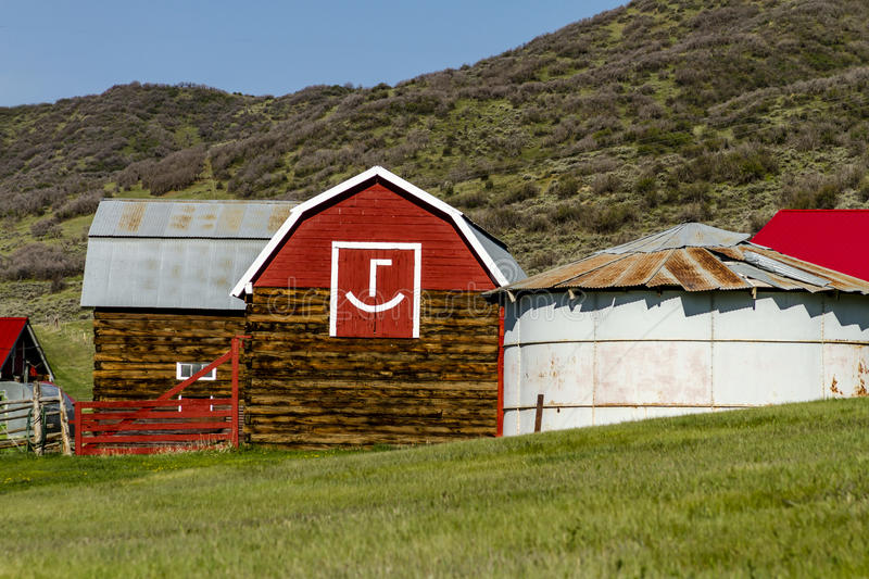 Little Red Emoticon Barn royalty free stock images