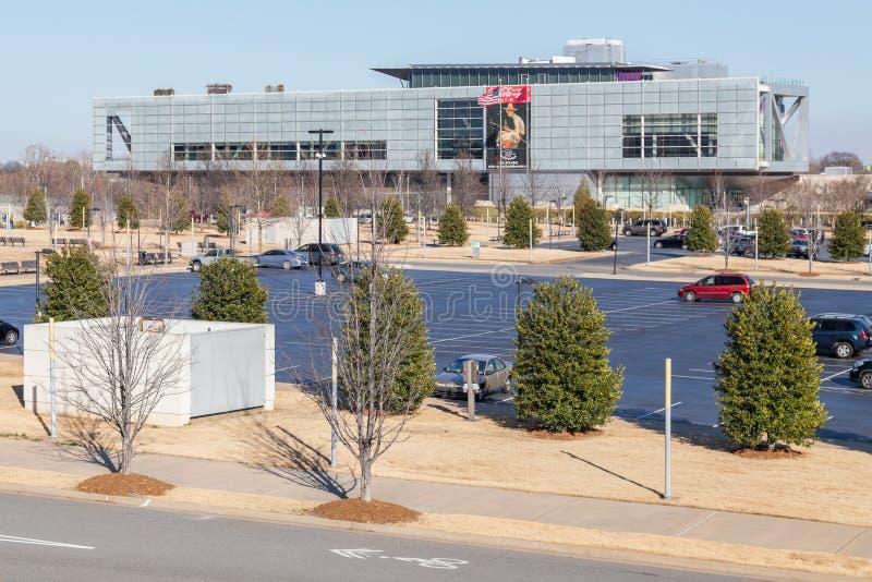 Little Rock, AR/USA - cerca do fevereiro de 2016: William J Clinton Presidential Center e biblioteca em Little Rock, Arkansas imagens de stock