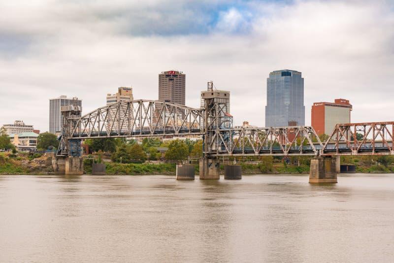 Little Rock Arkansas stadshorisont arkivbild