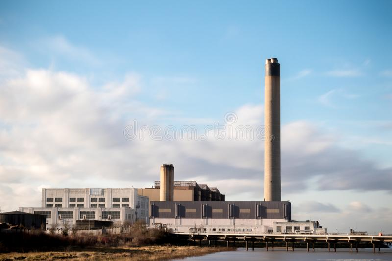 Littlebrook elektrownia na bankach Rzeczny Thames zdjęcie stock