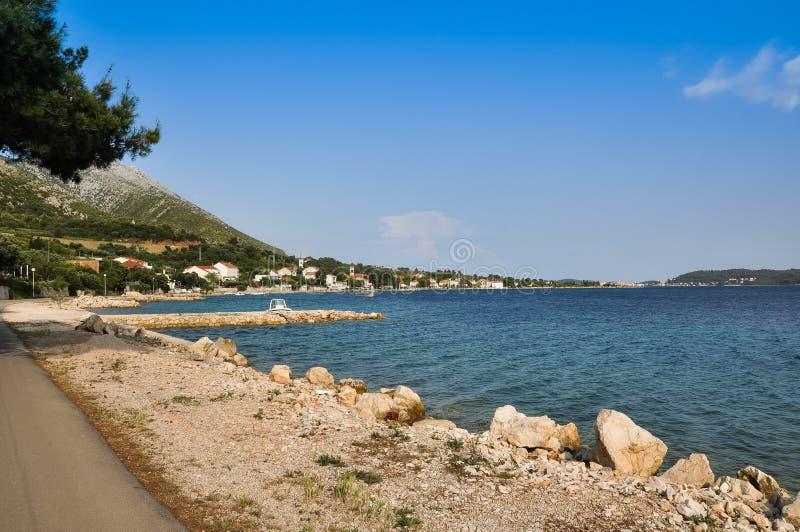 Littoral chez Viganj sur la péninsule de Peljesac, Croatie photo libre de droits
