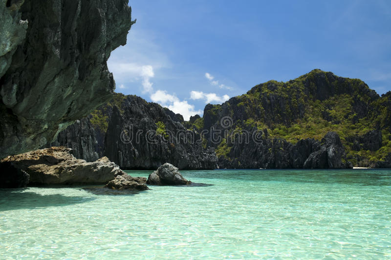 Littoral Philippines palawan de karst de nido d'EL photo stock