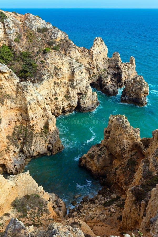Littoral rocheux atlantique (Ponta DA Piedade, Lagos, Algarve, port photo libre de droits