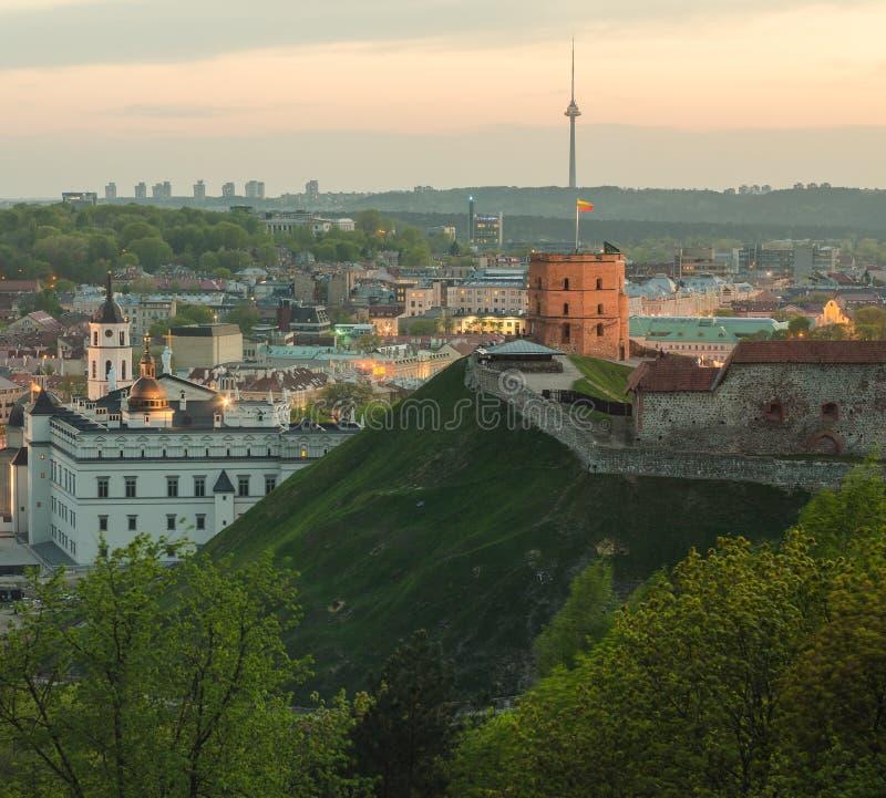 Lituânia. Cidade velha de Vilnius na primavera foto de stock royalty free