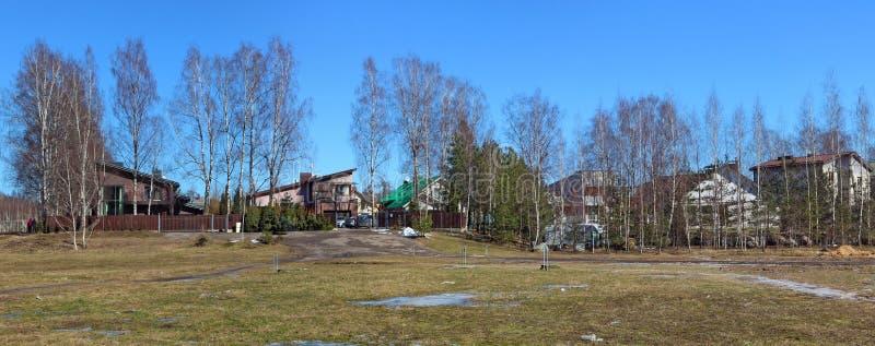 Lituano nenhuma paisagem panorâmico da mola de março da vila do nome fotos de stock