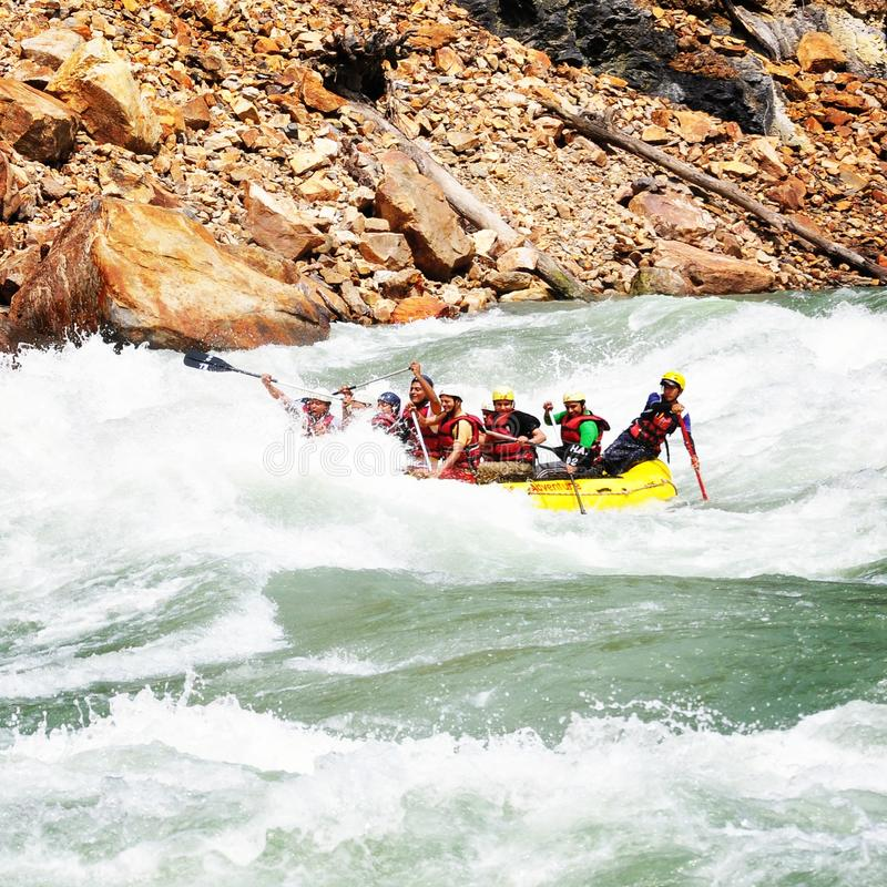 Liv som tycker om Rafting för flod arkivbild