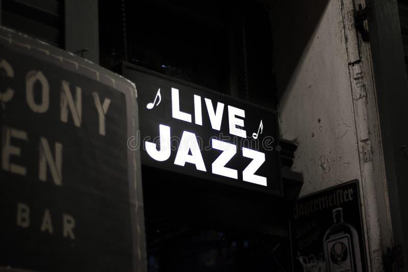 Live JAzz Sign de la Nouvelle-Orléans photo stock