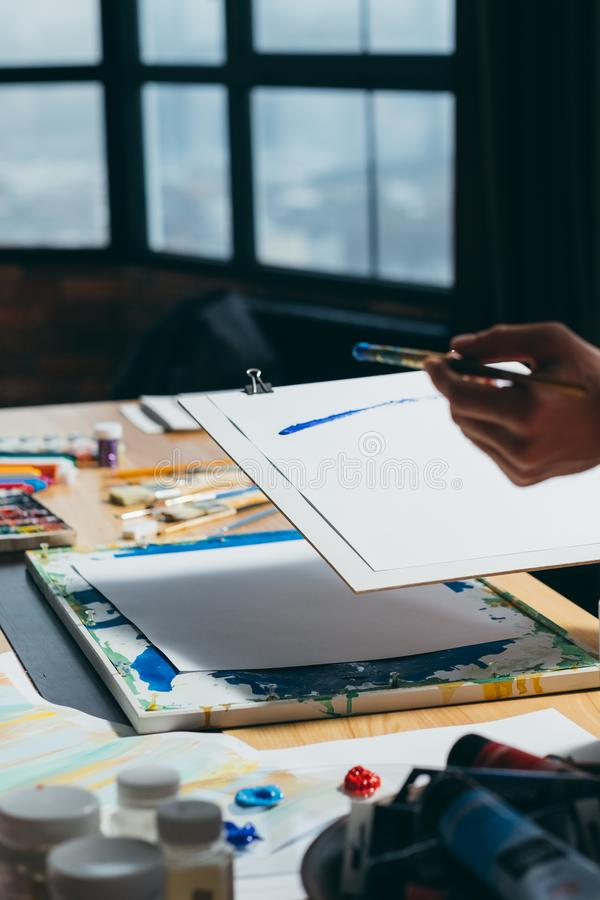 Livello artistico di creatività di ispirazione della pittura dell'artista fotografia stock libera da diritti