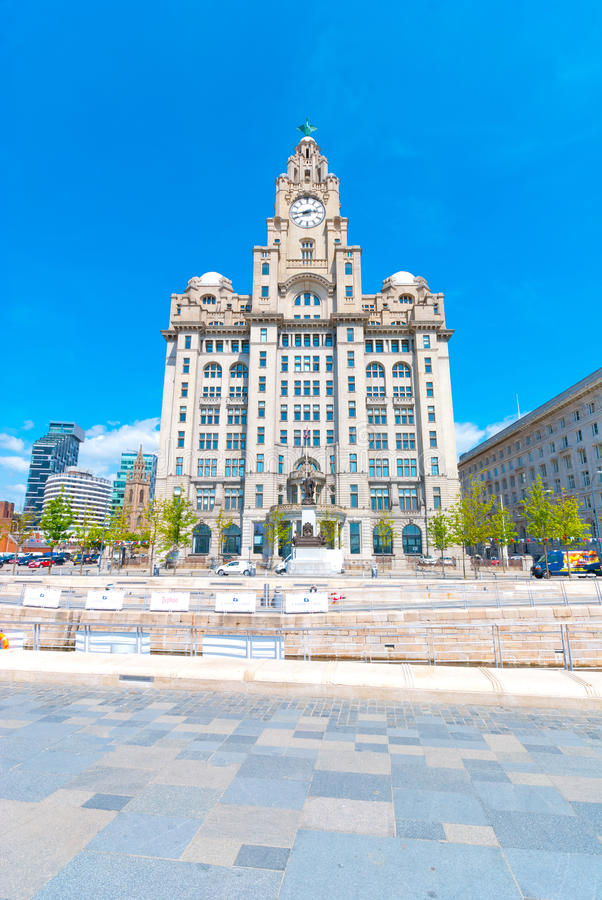 Download Liver Building editorial image. Image of beautiful, liverpool - 33823110