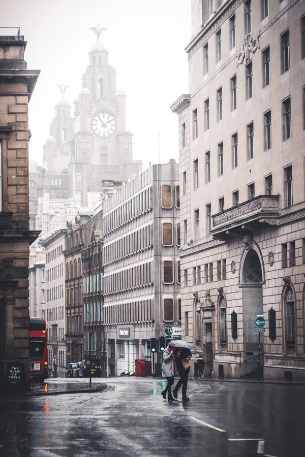 Liverpool centrum miasta w deszczu obrazy stock