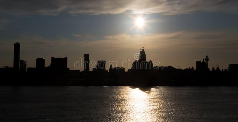 Liverpool gesilhouetteerde stad scape stock fotografie