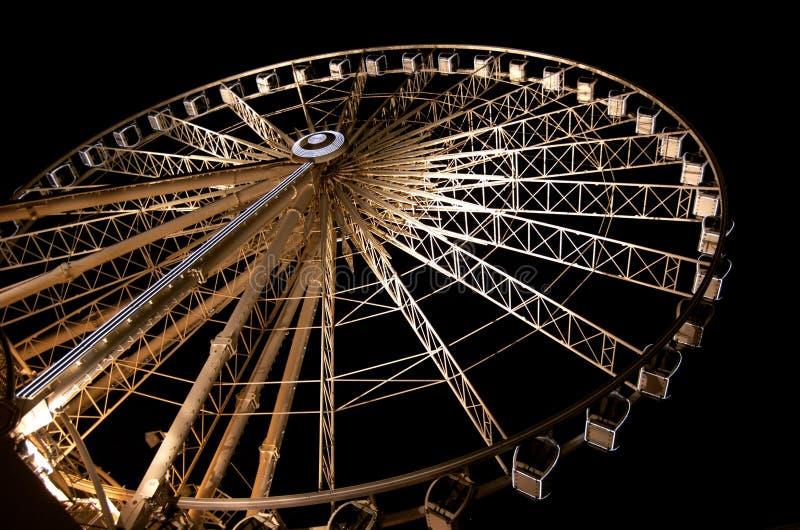 Liverpool hjul på natt royaltyfri foto