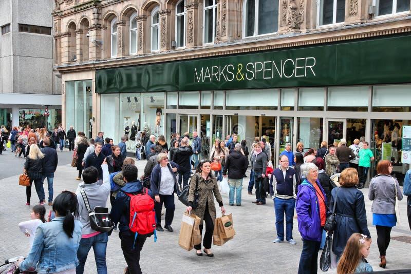 Download Liverpool Marks And Spencer Redactionele Fotografie - Afbeelding bestaande uit toerist, handel: 39112622