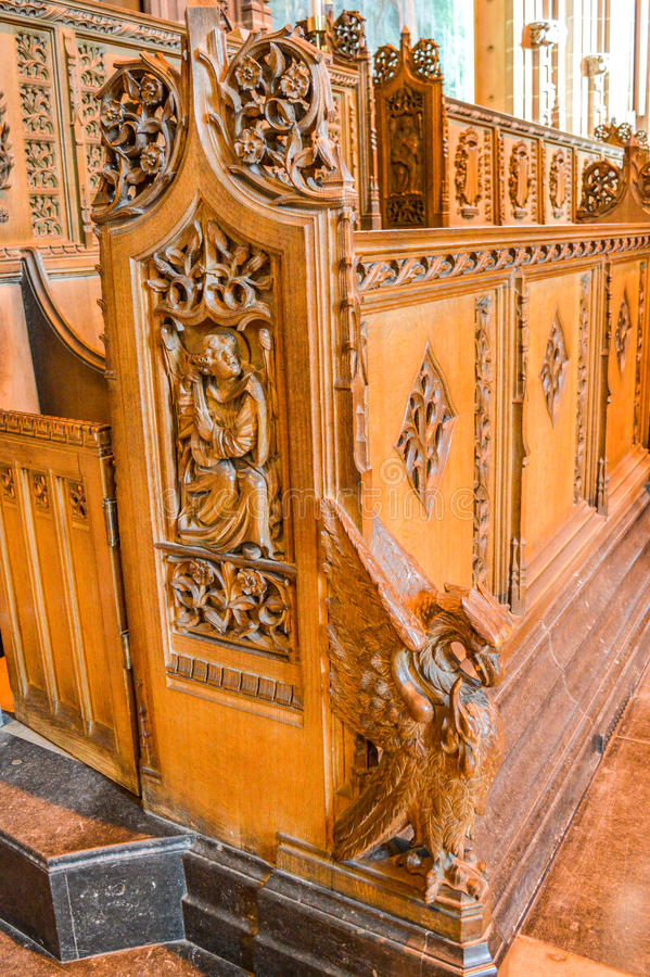 Liverpool, Reino Unido - 3 de abril de 2015 - vista interior de la catedral de Liverpool fotografía de archivo libre de regalías
