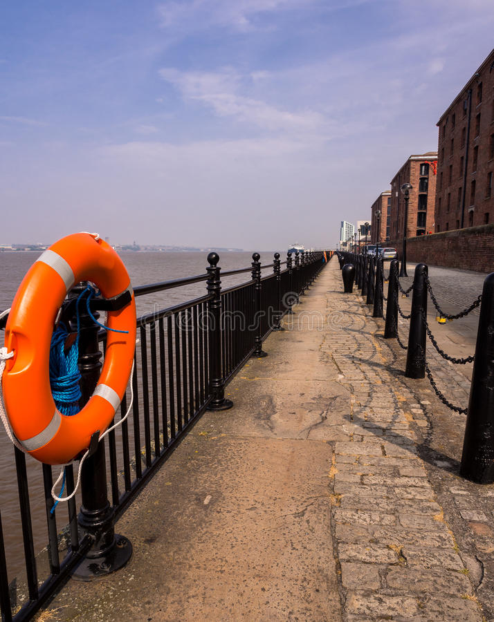 Free Liverpool River Mersey Promenade Stock Photos - 32462043