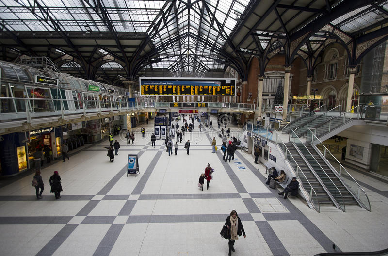 Download Liverpool Station London editorial image. Image of british - 25750115