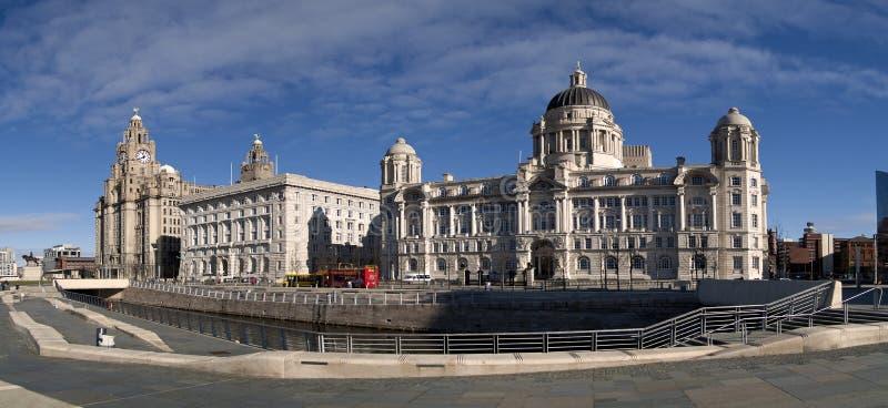 Liverpool-Ufergegend mit 3 Umgangsformen lizenzfreie stockbilder